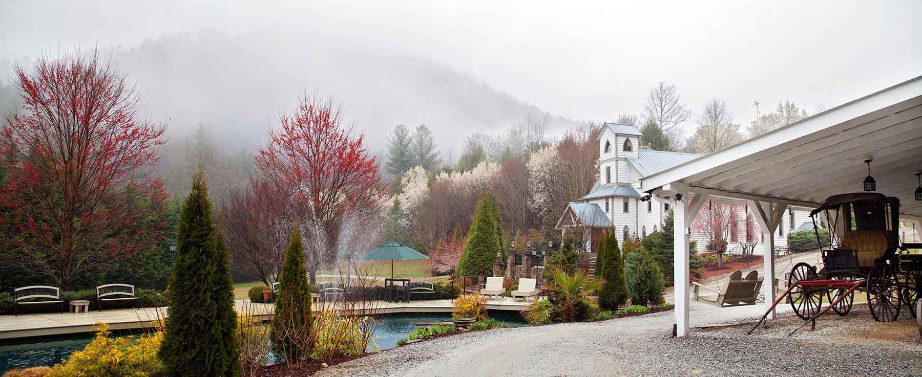 Mountain Wedding Venue in North Georgia   Chota Falls Estate